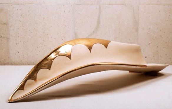 Penca de Maguey Cerámica Alta Temperatura con Oro